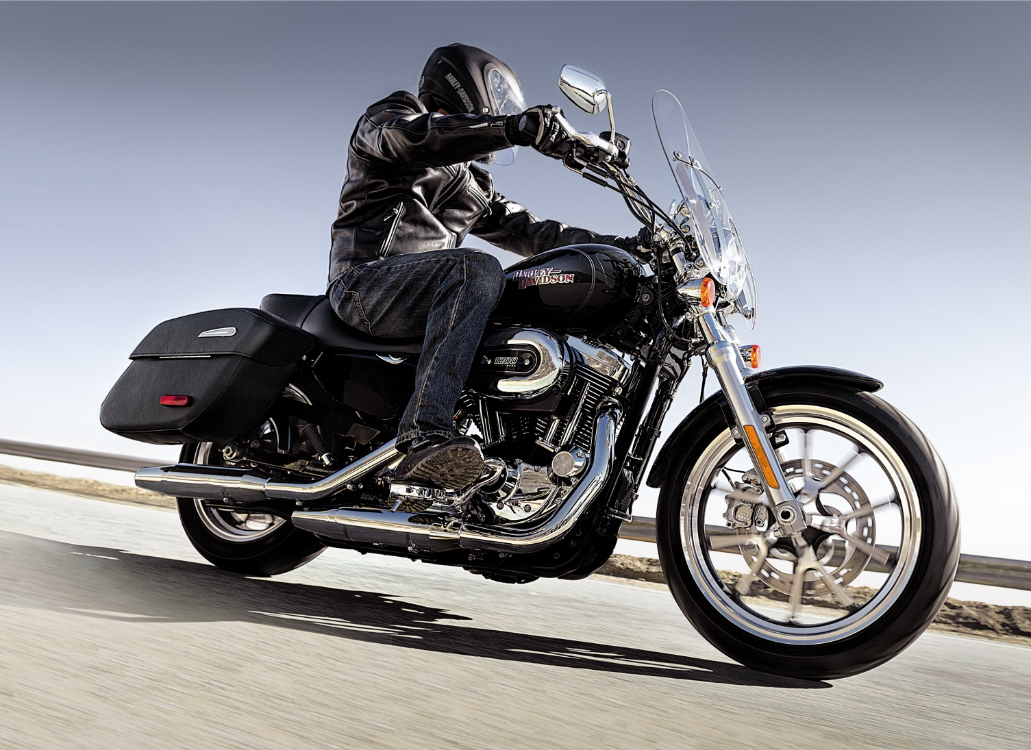 HARLEY-DAVIDSON Busts out Two more Bikes