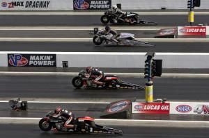 4 Wide racing