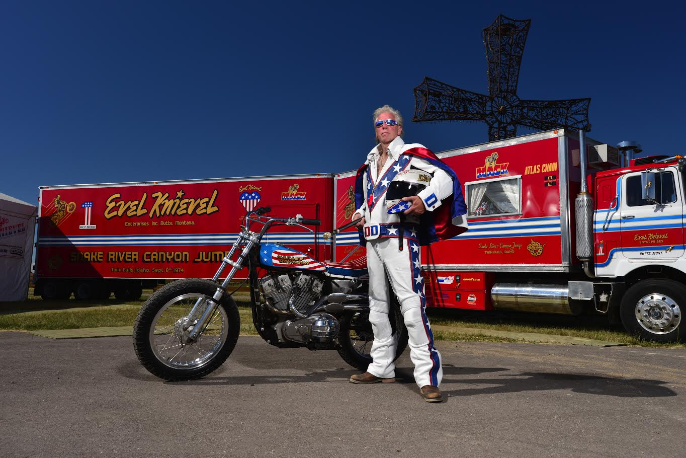 Duecilindri Evel Knievel Xr750: The Evel Knievel Thrill Show Authentic Americana And Big