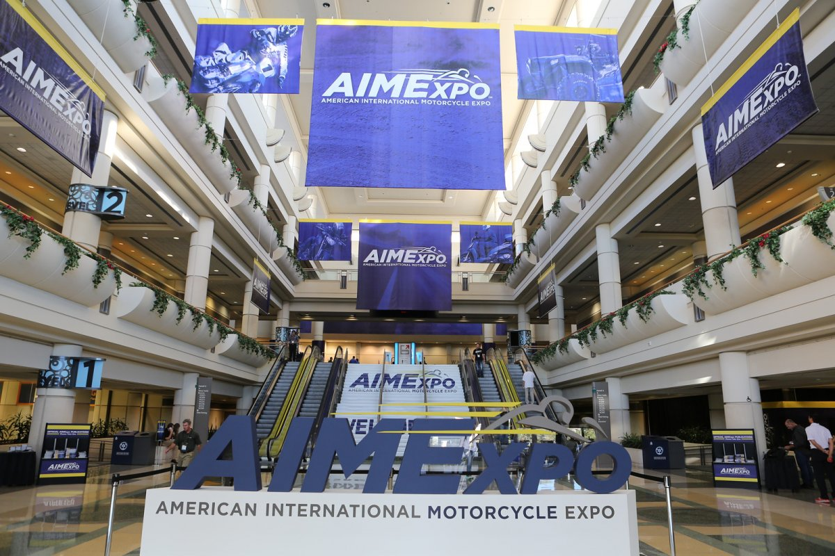 Largest Saturday Consumer Turnout Headlines AIMExpo 2015