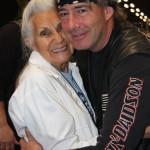 Gloria hug