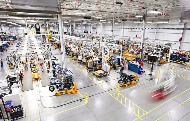 Harley-Davidson's new factory in York, Pa., replaces what was a sprawling operation of 41 buildings covering 232 acres.In the 650,000 square foot plant, more than 100 robotic smart carts zip through the building once solely reserved for making Harley Softail bikes. --- CREDIT: Harley-Davidson Inc.