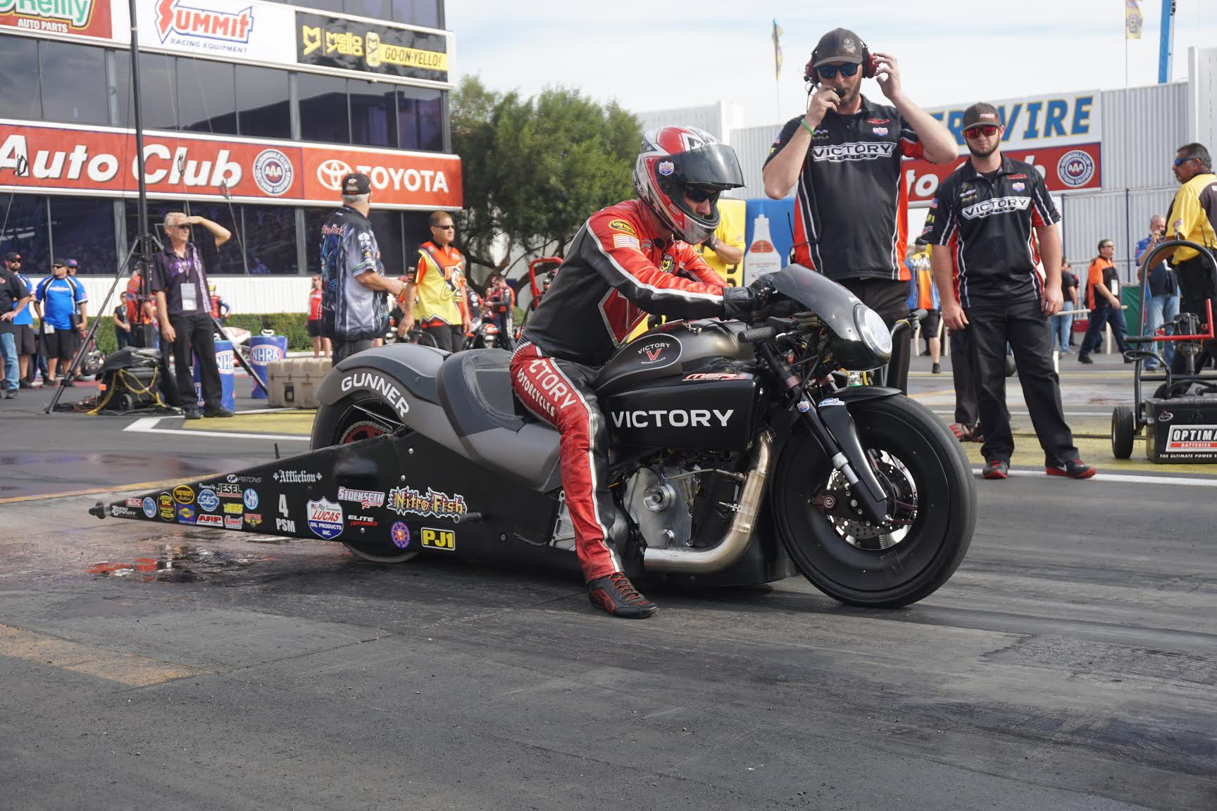 MATT SMITH EARNS FIRST NHRA WIN FOR VICTORY MOTORCYCLES