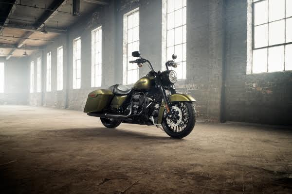 HARLEY-DAVIDSON ROAD KING SPECIAL DELIVERS ALL-NEW STYLE AND ATTITUDE POWERED BY THE MILWAUKEE-EIGHT ENGINE