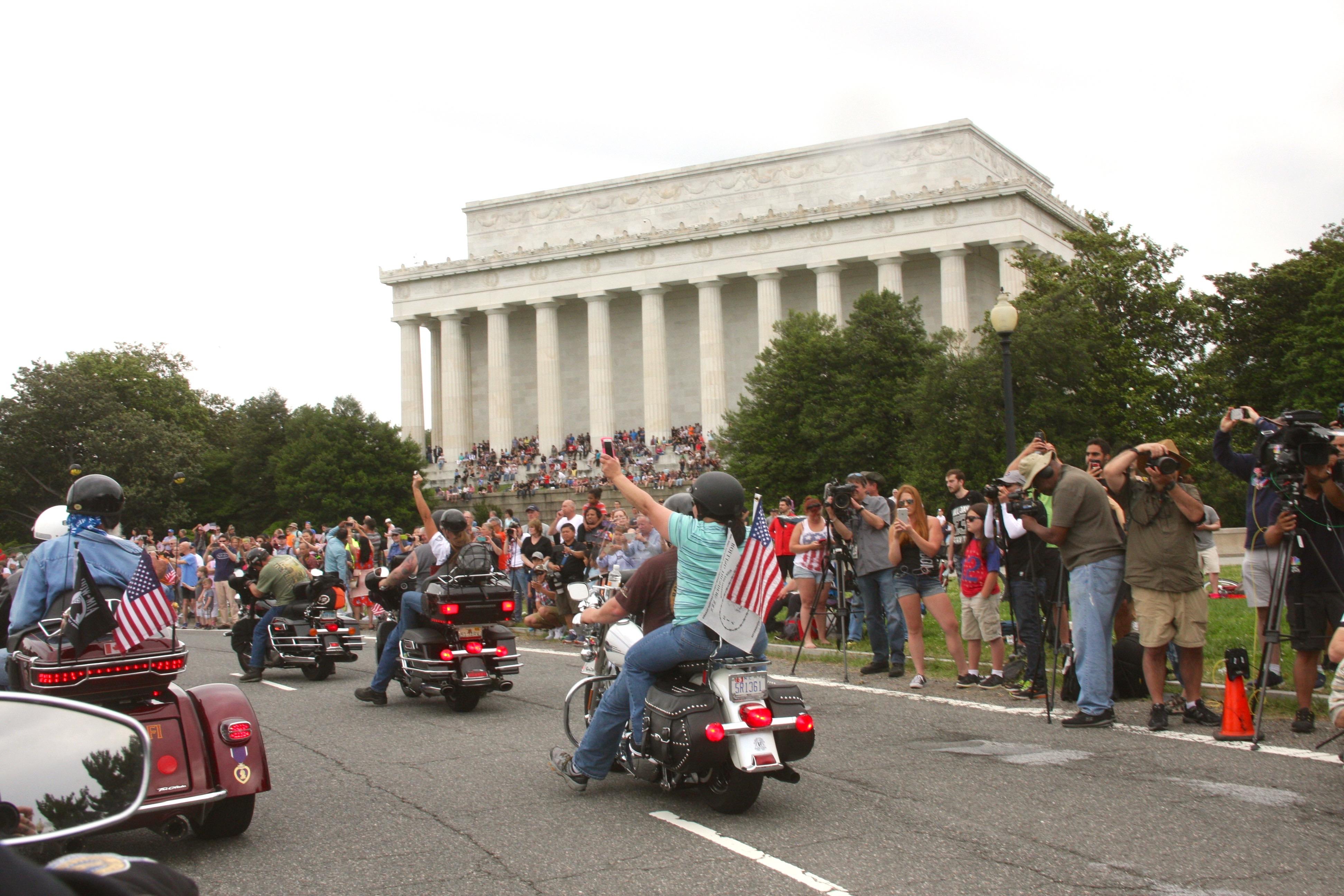 Rolling Thunder Demonstration Ride