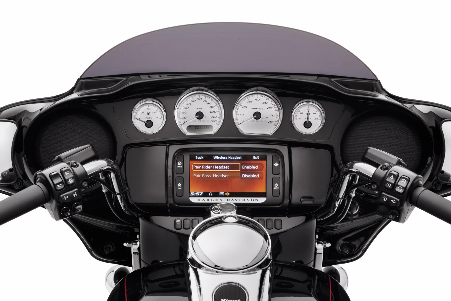 CUT THE CORD: NEW HARLEY-DAVIDSON MODULE ALLOWS RIDERS TO CONNECT WIRELESSLY