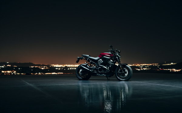 HARLEY-DAVIDSON'S FIRST ADVENTURE TOURING AND STREETFIGHTER MODELS DEBUT WITH ALL NEW REVOLUTION MAX ENGINES